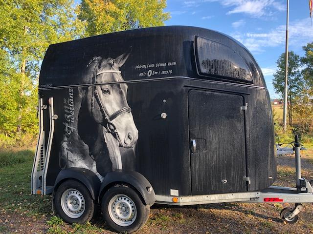 Böckmann Comfort -18 hästsläp – med aluminiumgolv!